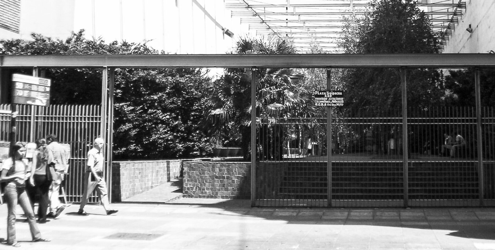 plaza-suipacha-8
